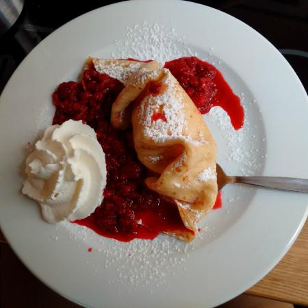 Czech Crepes With Berries And Cream Recipe — Dishmaps
