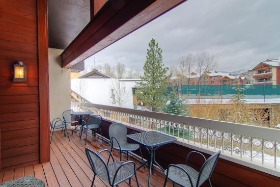 Trappeur's Crossing Resort and Spa: Balcony