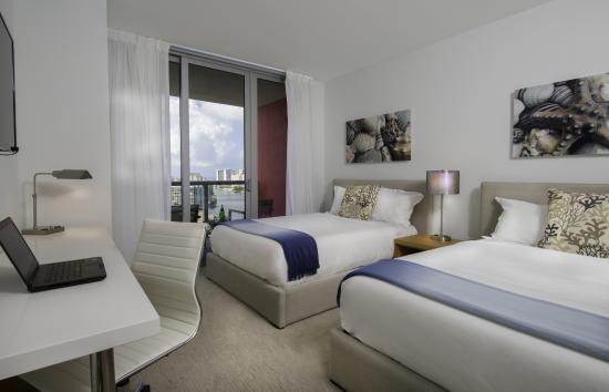 Beachwalk Resort Superior Room