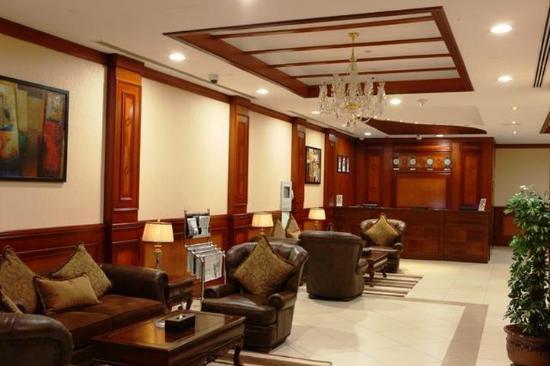 L'Arabia Hotel Apartments: Lobby view