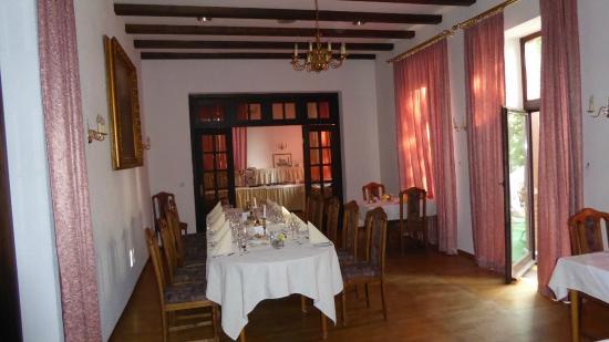 Schloss-Hotel Braunfels: Dining Room