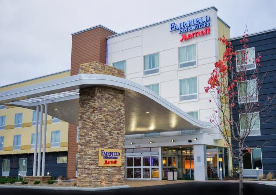 Fairfield Inn & Suites Canton South