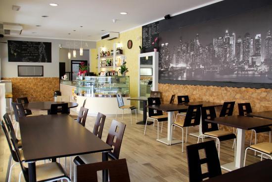 city bar trattoria