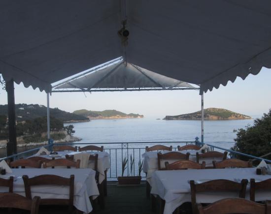 Elsa Hotel: taverna,Skiathos town