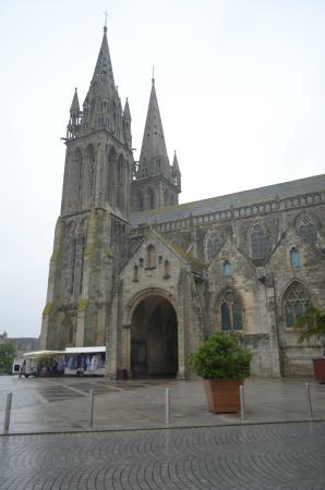 Saint-Pol-de-Leon, France : la chiesa