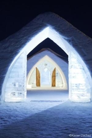 Hotel de Glace: Ice
