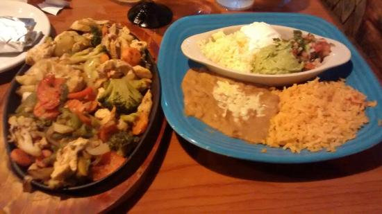 Blue Agave Mexican Restaurant En Fajitas With Added Vegetables