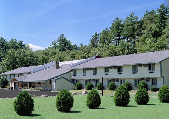Eastern Inns: Exterior