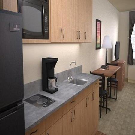 Juneau Aspen Suites Hotel: Aspen Suites Guestroom Kitchen