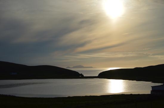 Shetland Wildlife: Sunset as seen from the Spiggie hotel