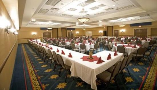 The Inn on Lake Superior: Ballroom