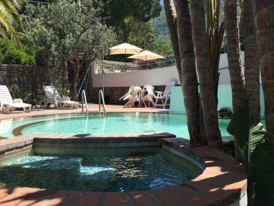 Paco Residence: Piscina Termale  semicoperta con idromassaggi