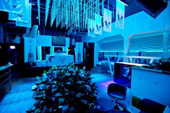 Violet Lounge