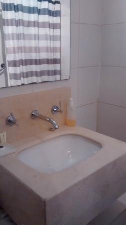 Departamento Amoblado Costa Nueva de Lyon : Banheiro