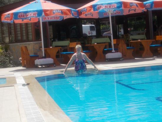Tumen Hotel : Lovely pool