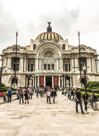 Palacio de Bellas Artes Photo
