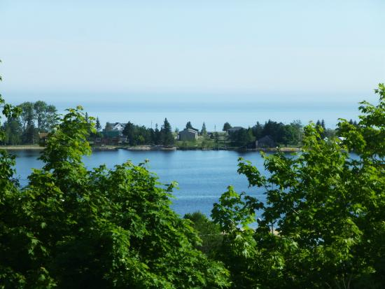 The Voyageurs Motel : View from room