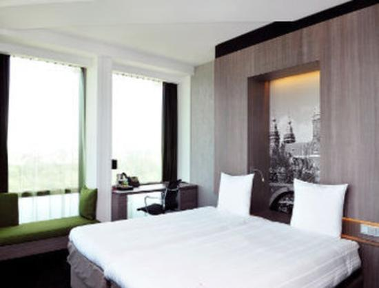 Ramada Apollo Amsterdam Centre: Guest Room