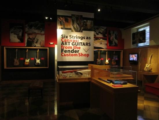 ‪Fullerton Museum Center‬