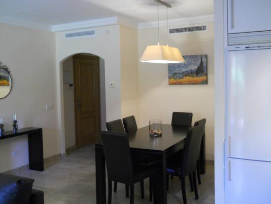 Albayt Resort : Dining area lounge