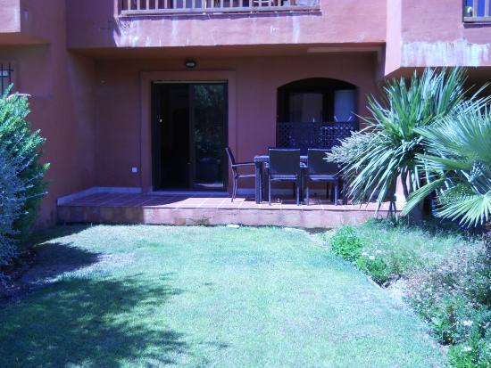 Albayt Resort : Terrace from the garden