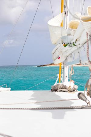 Simpson Bay, St Marteen/St. Martin : View of Anguilla from the boat.