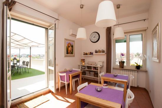 Breakfast room and terrace picture of b b la duchessa a for Breakfast terrace