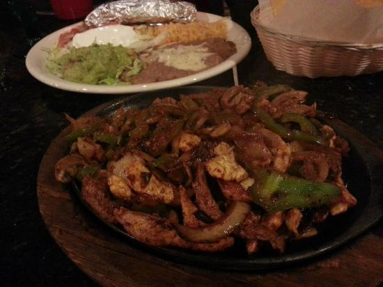 Garibaldi Mexican Restaurant: Fajitas Garibaldi