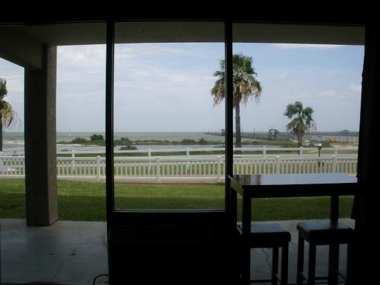 Laguna Reef Condominiums: Great view out our window Unit 102