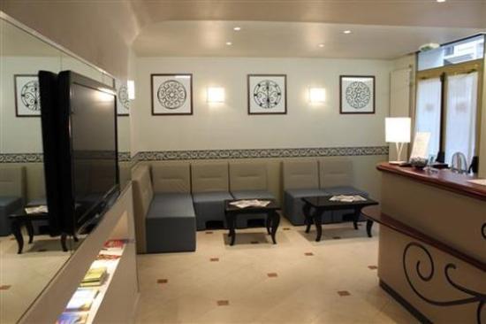 Kyriad paris 13 italie gobelins hotel france voir for Prix chambre kyriad