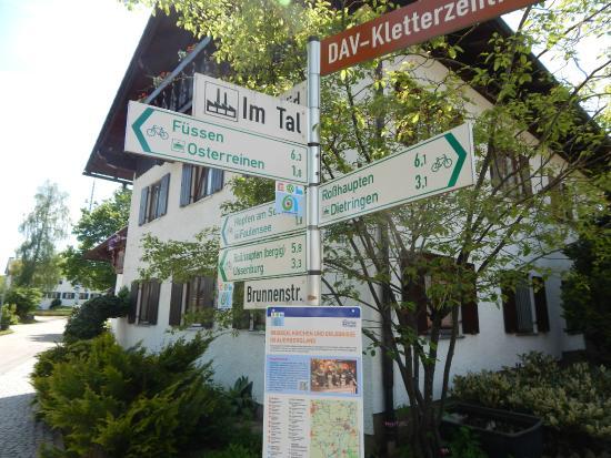 Gasthof Rössle: outside the Hotell