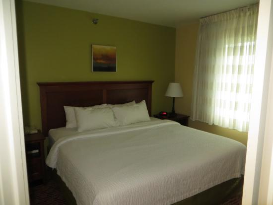TownePlace Suites Sioux Falls : Bedroom