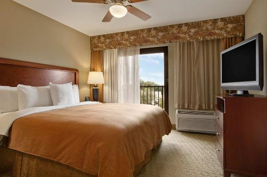 Homewood Suites by Hilton Jacksonville Downtown/Southbank: Guest Suite with King Bed