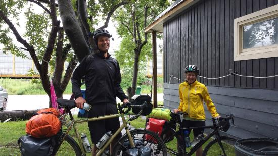 Kicking Horse Hostel : Touring Cyclists are always welcome; check out Warmshowers!