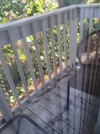 Anna Maria Island Beach Resort: Balcony upon Arrival - Could not Use