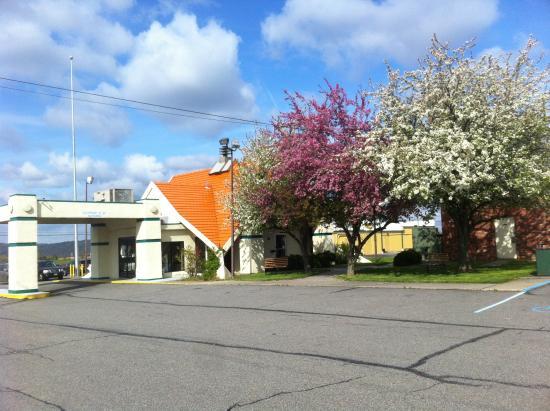 Photo of Americas Best Value Inn Phillipsburg