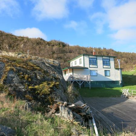 Fishing Point Bed and Breakfast : B&B from the bay