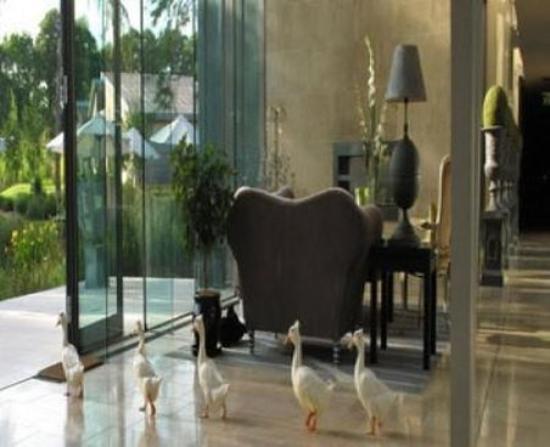 Monart: Lobby view