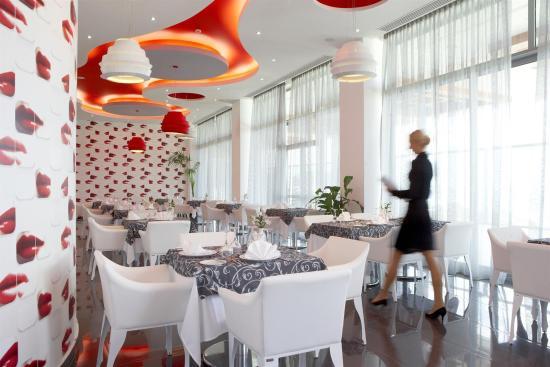 Atrium Platinum Hotel : Recreational facility