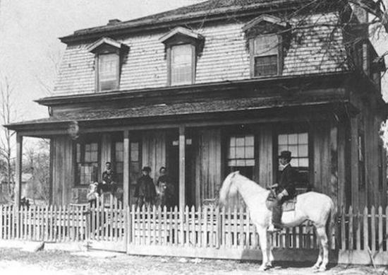 Photo of 1880 Newbury House at Historic Rugby