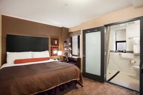Howard Johnson Manhattan Soho: Accessible Rooms Available