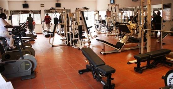 سبيك هوتل: Fitness Room