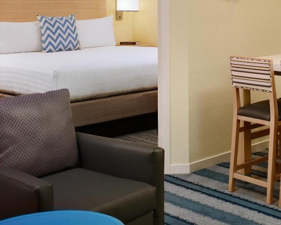 Sonesta ES Suites Princeton : Guest Room