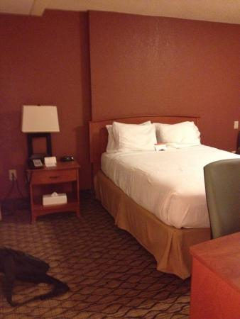 IHG Army Hotels on Fort Gordon, Griffith Hall: Room 104