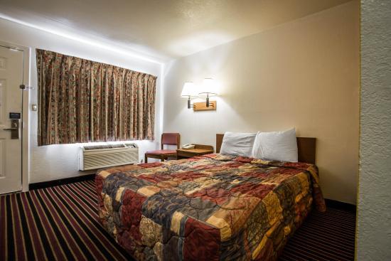 Motel 6 Charlotte - South: NCNq
