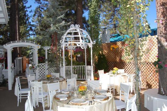 Tahoe Chalet Inn: Lobby view
