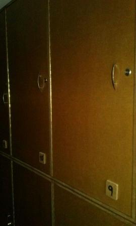 Hostel Motas de Coiron: Casilleros