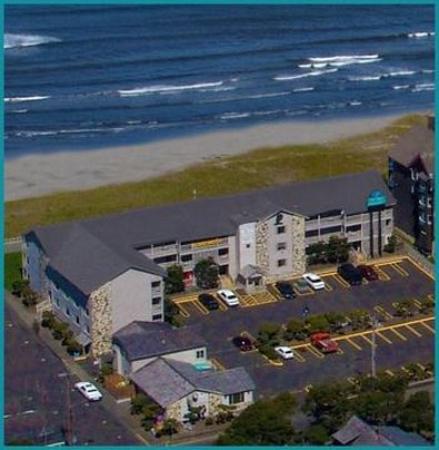 Hi-Tide Oceanfront Inn: Exterior view