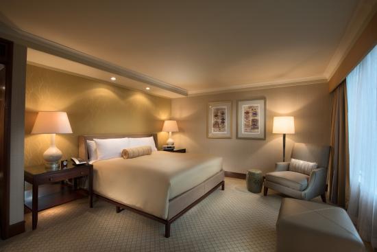 conrad hong kong hotel reviews photos price. Black Bedroom Furniture Sets. Home Design Ideas
