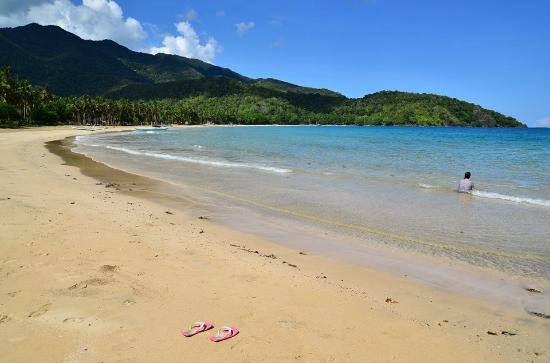 The best beaches near Puerto Princesa - Shows Nagtabon Beach
